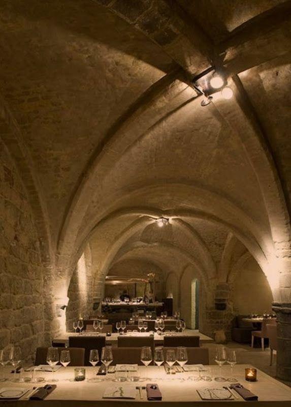 Dinner @ Antwerp - restaurant the Roji, Medieval cellar in historical Antwerp, Belgium