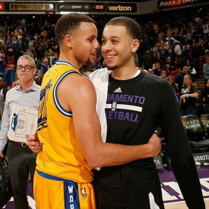 Stephen Curry and Seth Curry - Sacramento Kings