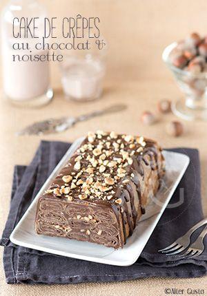 Un cake, parce que c'est plus rapide à faire qu'un gâteau de crêpes ! Et, avec avec du chocolat et des noisettes, c'est ultra gourmand, un régal.