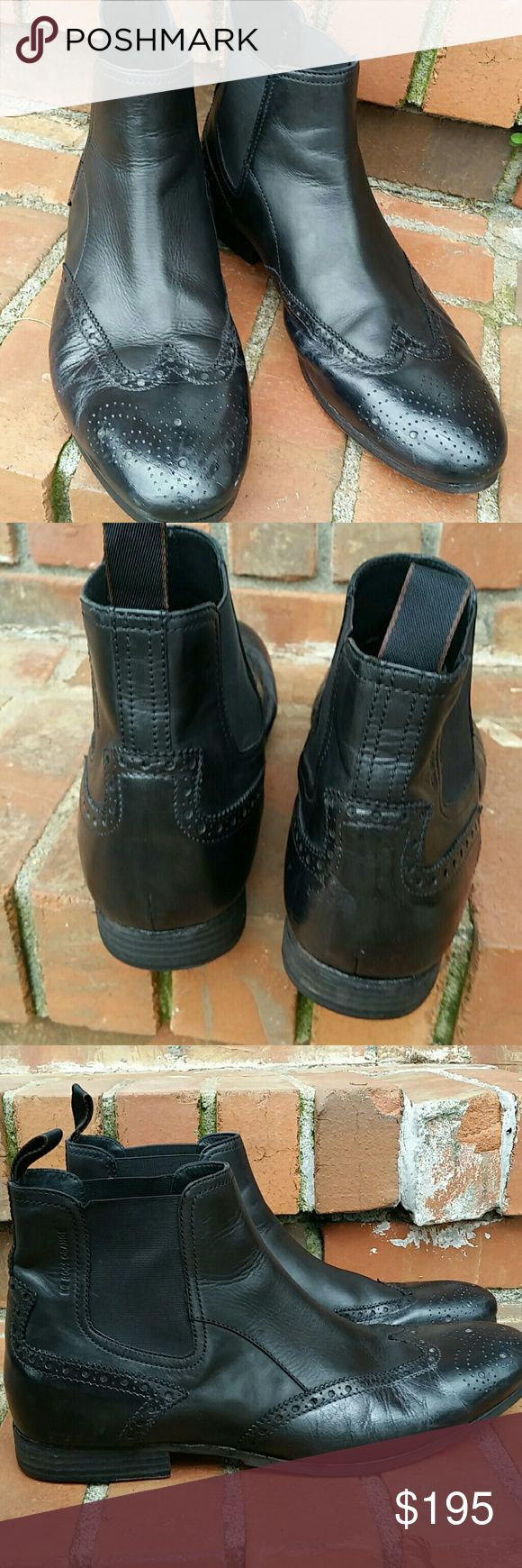 Hugo Boss boots Excellent condition. Hugo Boss Orange boots Size 44 or U.S. men's 10. Wingtip design. Chelsea Hugo Boss Shoes