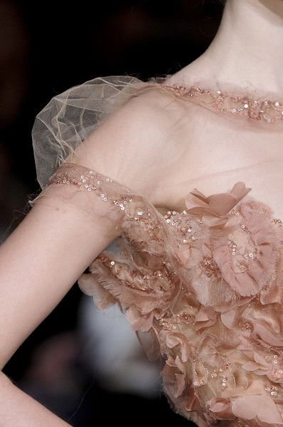 Elie Saab Spring 2011 - Details  have you every seen something so pretty?!
