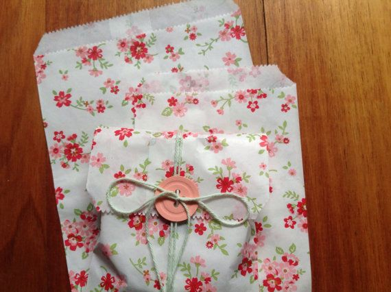 Hey, I found this really awesome Etsy listing at https://www.etsy.com/uk/listing/240176114/small-paper-bags-floral-paper-bags-set