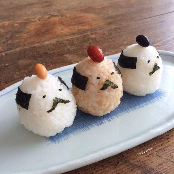 日本人のごはん/お弁当 Japanese meals/Bento お侍さんの一口おにぎり ちょんまげはお豆さん。