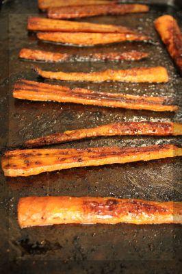 Roasted Balsamic Carrots