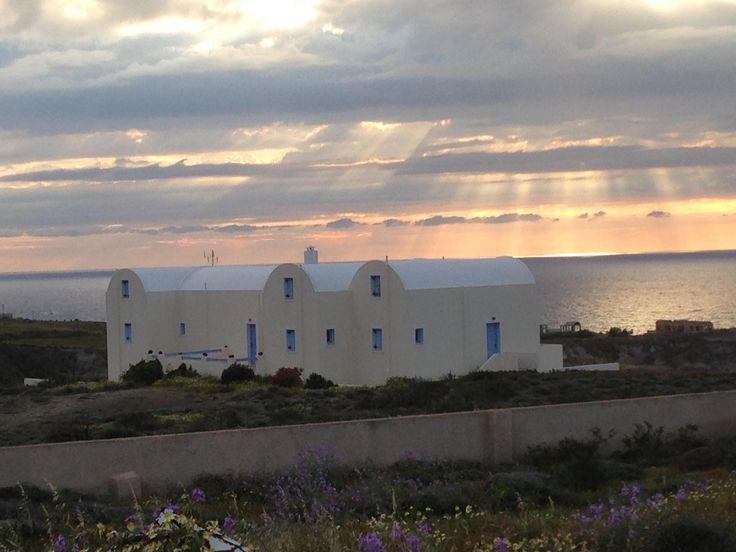 For #sale at #Santorini, #Greece. http://www.mesitiko-lafazani.gr/el/content/santorini-4-neodmites-mezonetes