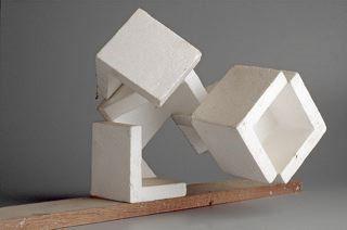 Macla asimétrica de habitáculos: Oteiza LT 1521, Habitáculos. Relatos geométricos en la obra de Jorge Oteiza | FronteraD