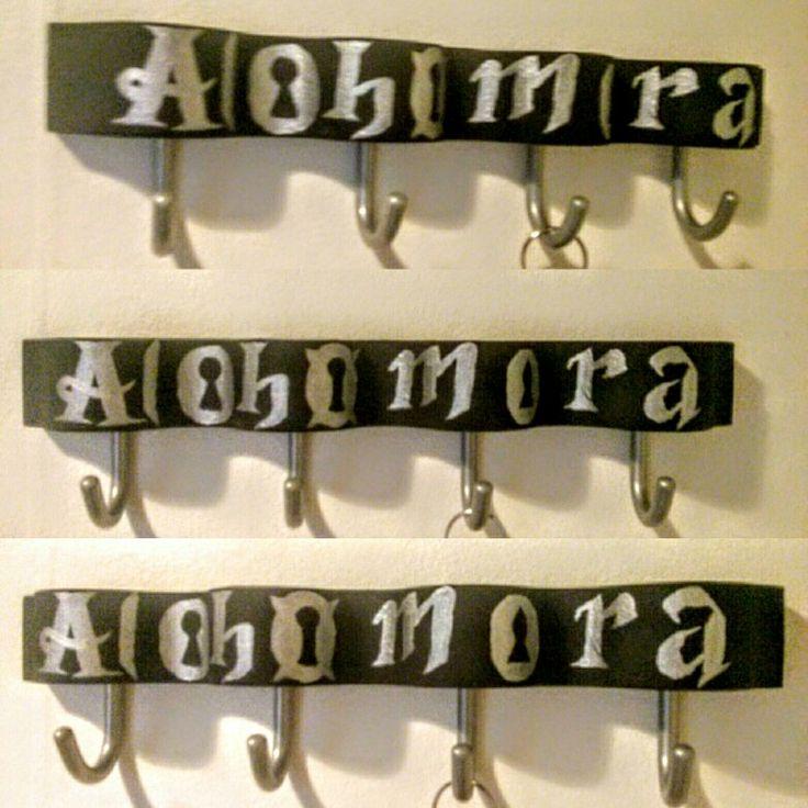Alohomora key hanger.   #alohomora #harrypotter #hp #geekDIY #diy #fandomeDIY