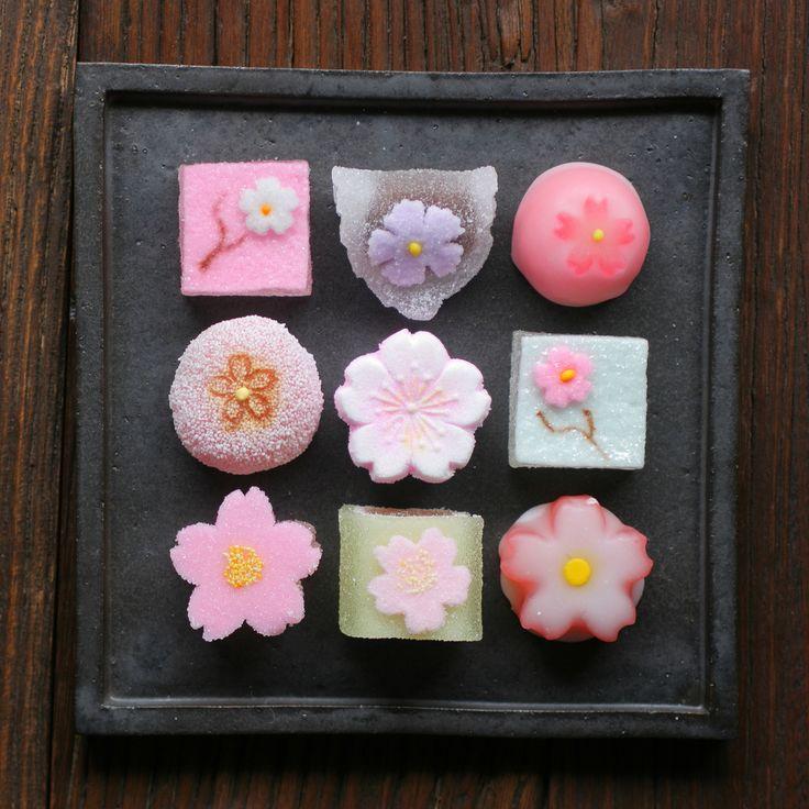 """yuikki: """"  Sakura Themed Jelly Candies by Miki Nagata (bananagranola) """""""