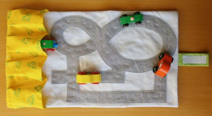 Du brauchst ein Geschenk für einen kleinen Auto-Fan?   Wie wäre es mit der Auto-Mappe für unterwegs?