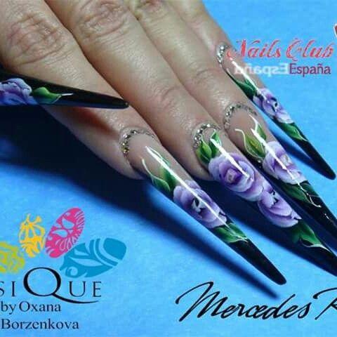 Estilettos con one stroke Www.nailsclubespaña.com