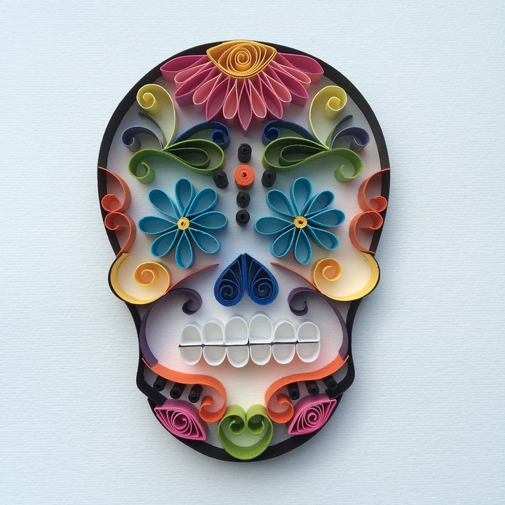 "Mexican Calaveras, the famous ""Sugar Skull"" of the Day of the Dead on quilling to celebrate this beautiful mexican tradition."