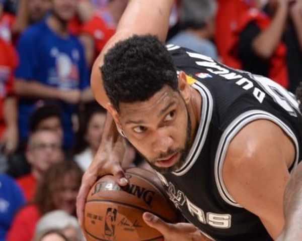 Tim Duncan Wife: Tim Is Bi-Sexual & Bought House For His Lover - http://www.morningledger.com/tim-duncan-wife-tim-is-bi-sexual-bought-house-for-his-lover/1384730/