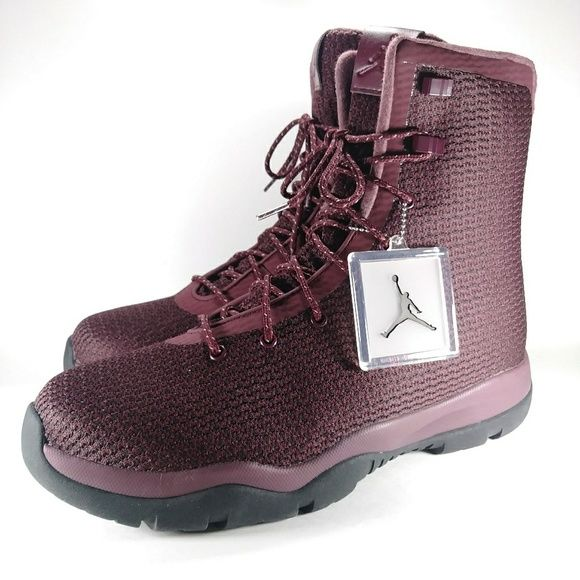 Jordan Asymmetrical Future Hightop Boot