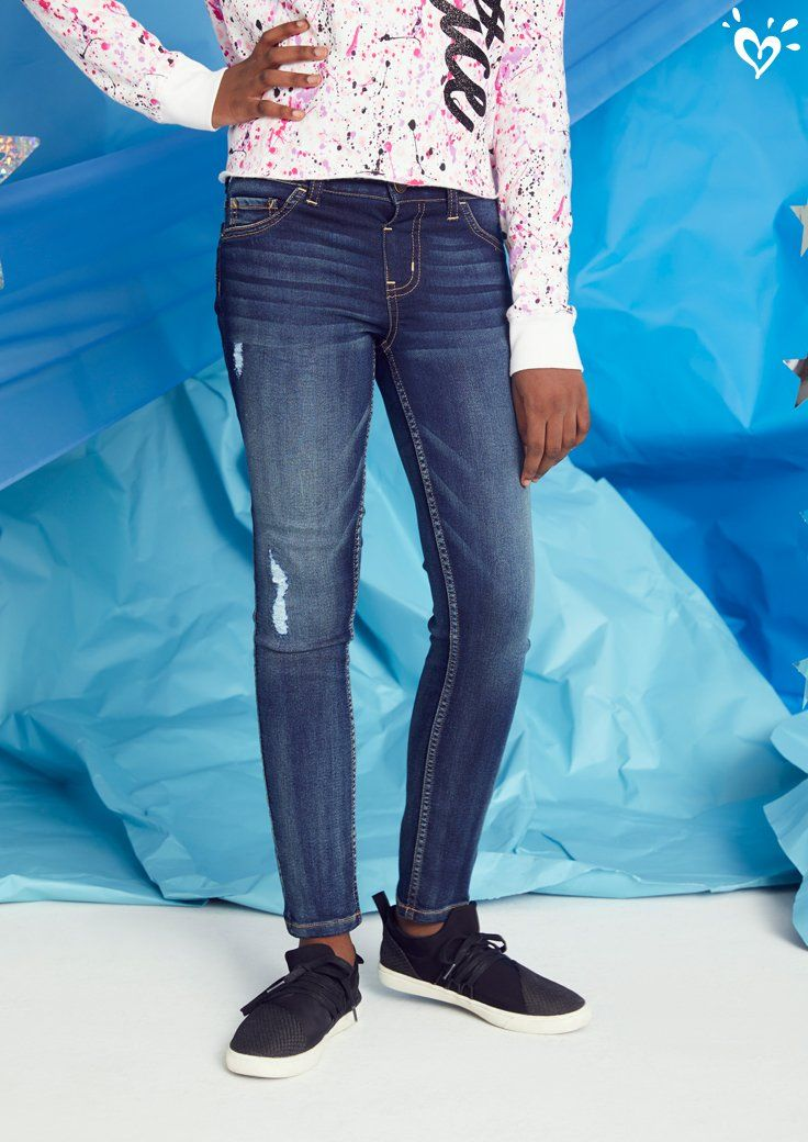 7fbd9c2d3b726 Destructed details that stand out. | Justice Jeans in 2019 | Jeans ...