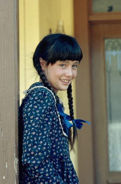 An unofficial Shannen Doherty fan site that includes photos of her early years on Little House on the Prairie.