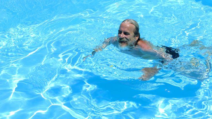 Abkühlung nach getaner Arbeit in unserem Pool