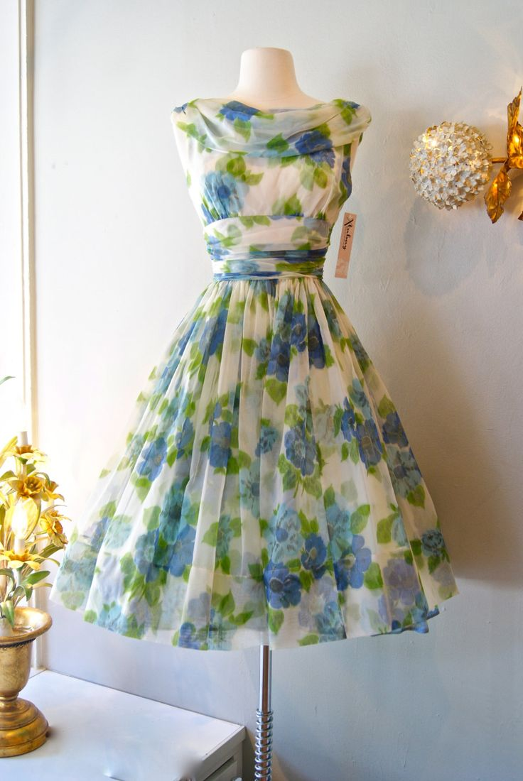 Vintage party dress (had a dress like this when i was a teen found it upstairs in my grandmas house, she gave it to me)