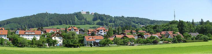 Von Wessobrunn laufen wir weiter nach Hohenpeißenberg