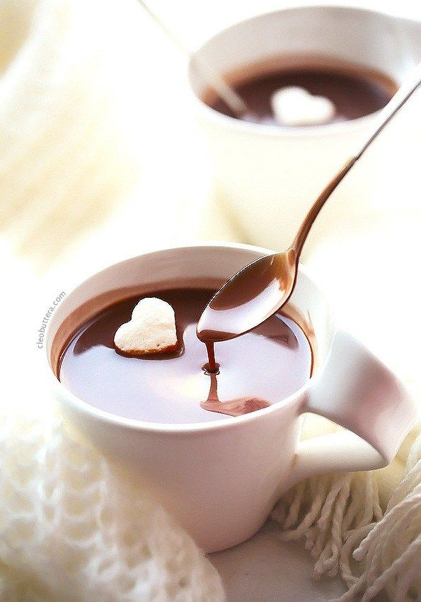 Thick and Creamy Nutella Hot Chocolate