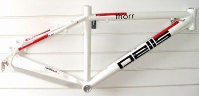 Rama MTB 26 Pells Thorr 18,9  Aluminium biała