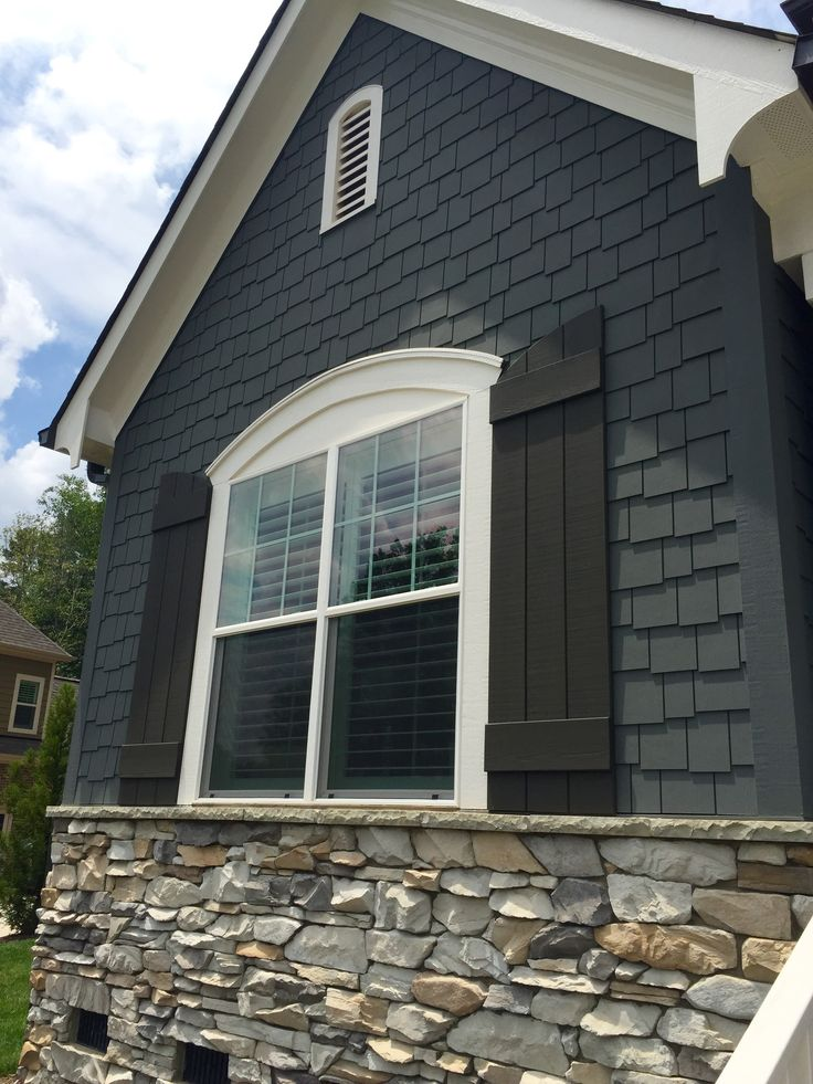 Best 25 black shutters ideas on pinterest - Exterior white trim paint pict ...