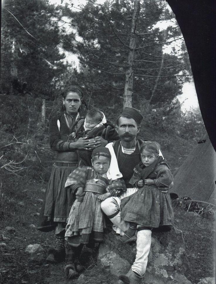 A family from the mountains of Kolonja, Albania (photo: Dhimitër Vangjeli).