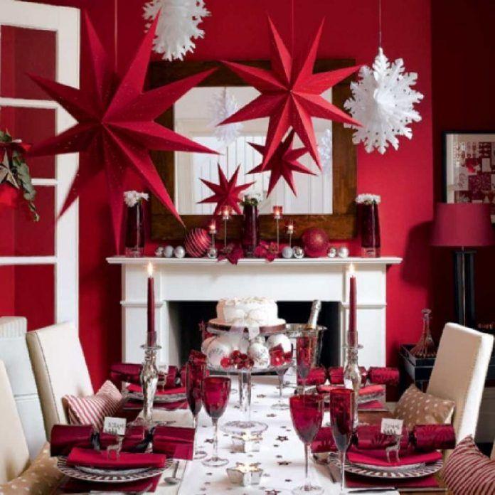 Hermosa Decoracion Para Navidad En Tonos Guinda O Vino Dale Detalles Mesa Navidad Decoracion Decoracion Navidena Decoracion De Mesas Navidenas