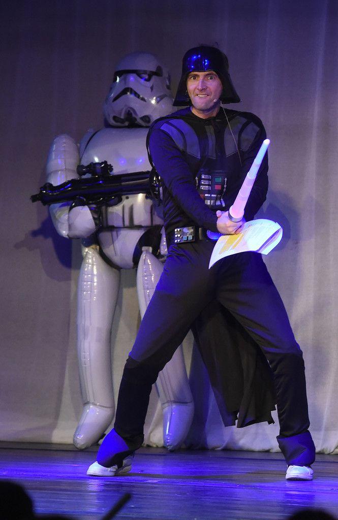 PHOTOS: David Tennant In The Absolute Radio Christmas Panto | DAVID TENNANT NEWS FROM WWW.DAVID-TENNANT.COM