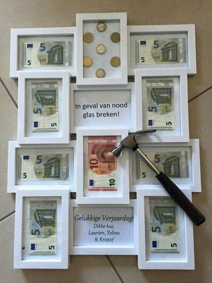 leuk cadeau idee om geld te geven, alleen dan wel zonder hamer ;)