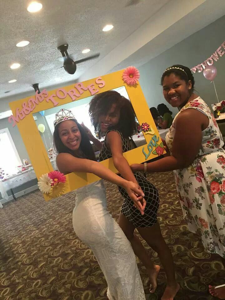 Diy Photo Booth Frame For A Bridal Shower Tea Party