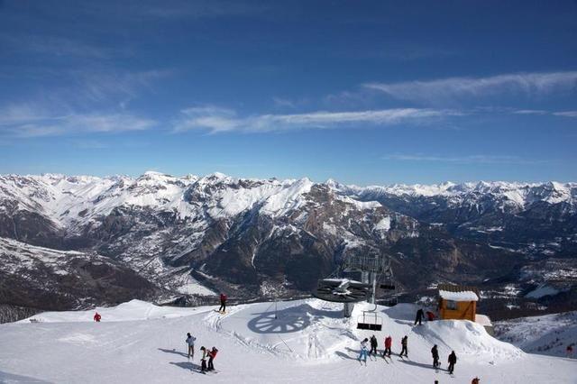 Le Puy-Saint-Vincent est la destination idéale pour un séjour sportif! #ski Alpes du Sud
