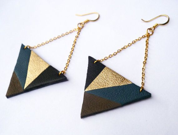 Green and golden earrings handmade with genuine leather and gold plated chain - Original jewelry from Paris by Adorness https://www.adornessjewelry.etsy.com