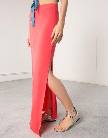 Falda larga corte lateral-Bershka España