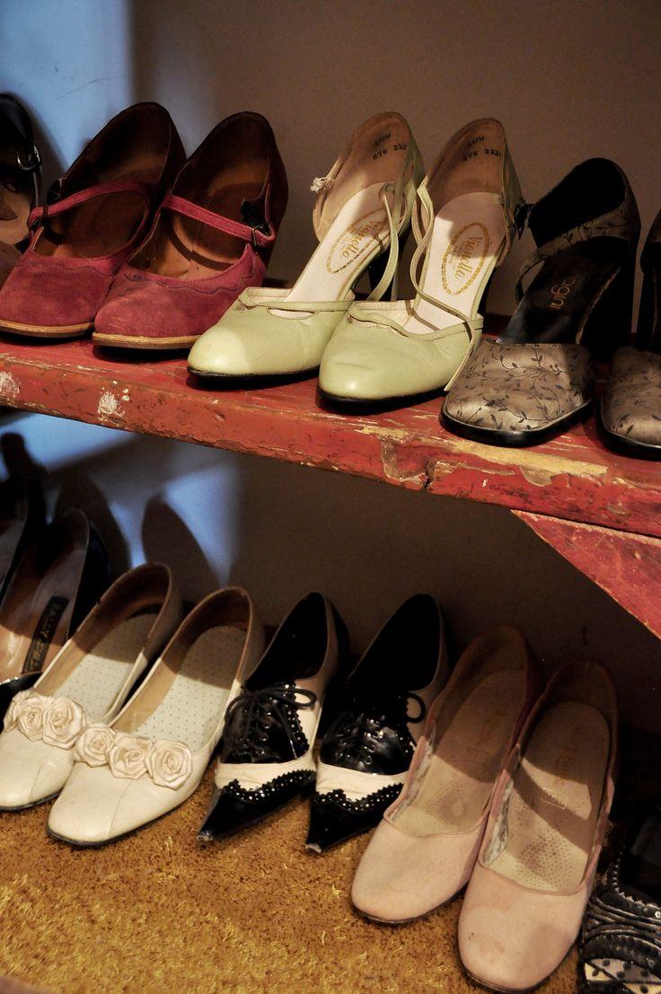Don't forget vintage shoes! @ KiKi's Vintage Photo Studio, Parys