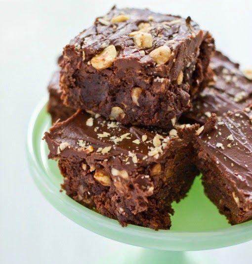 Γλυκές Τρέλες: Brownie με σοκολατα,nutella  και φουντούκια