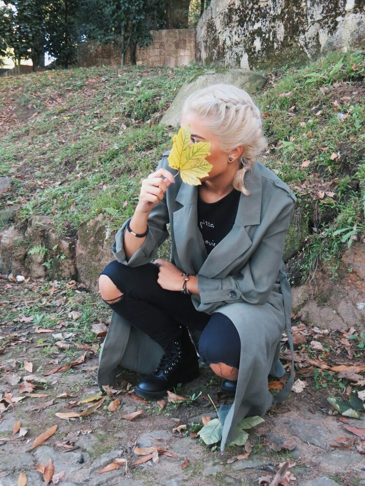 #leaves #fall #fashion #blogger  #whitehair #outfit