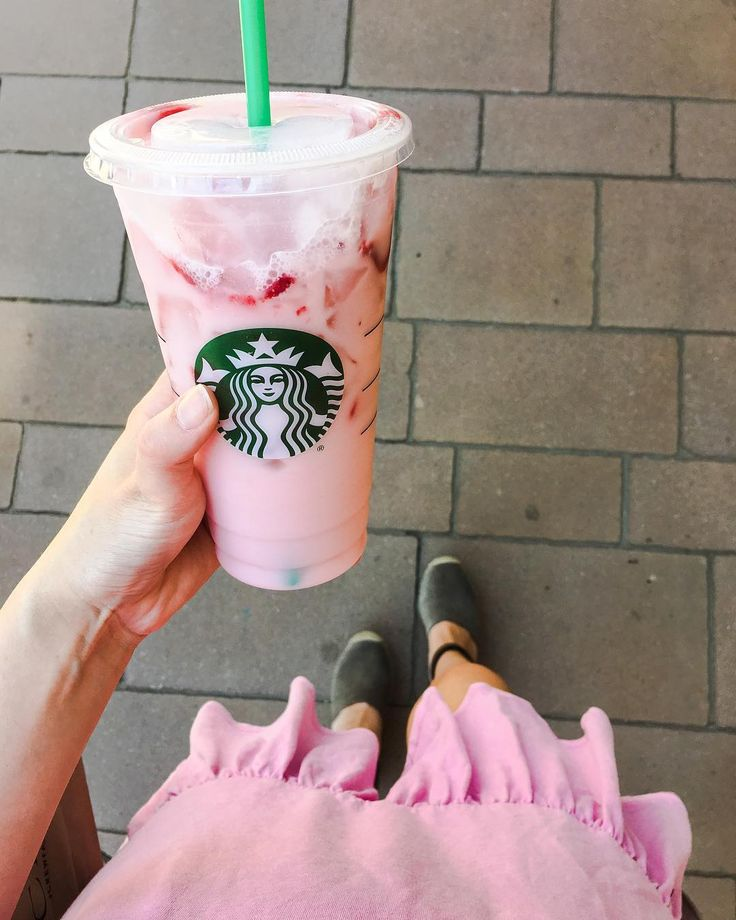 "165 Likes, 13 Comments - Lauren Valli (@laurenvalliaz) on Instagram: ""Started my day off at @starbucks and I was already craving more by the afternoon  might be…"""