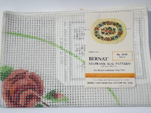Elaine floral pattern print latch hook rug back canvas, vintage Bernat