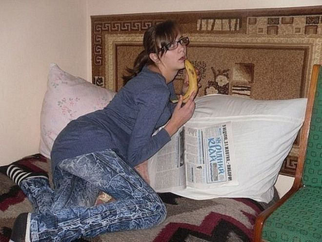 Best Pictures from Russian Dating Sites - kind of scary :/