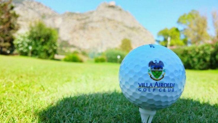 Villa Airoldi Golf Club immerso nel Parco della Favorita!   Villa Airoldi Golf Club è stato creato all'interno del Parco della Favorita, l'area verde più estesa del comune di Palermo, nel pieno rispetto della natura e del valore del giardino storico. Oltre che per l'offerta golfistica, iI Golf Club si propone anche come mezzo di promozione sociale tramite l'organizzazione di varie attività: brunch, aperitivi al tramonto, concerti, feste danzanti, eventi teatrali e mostre.