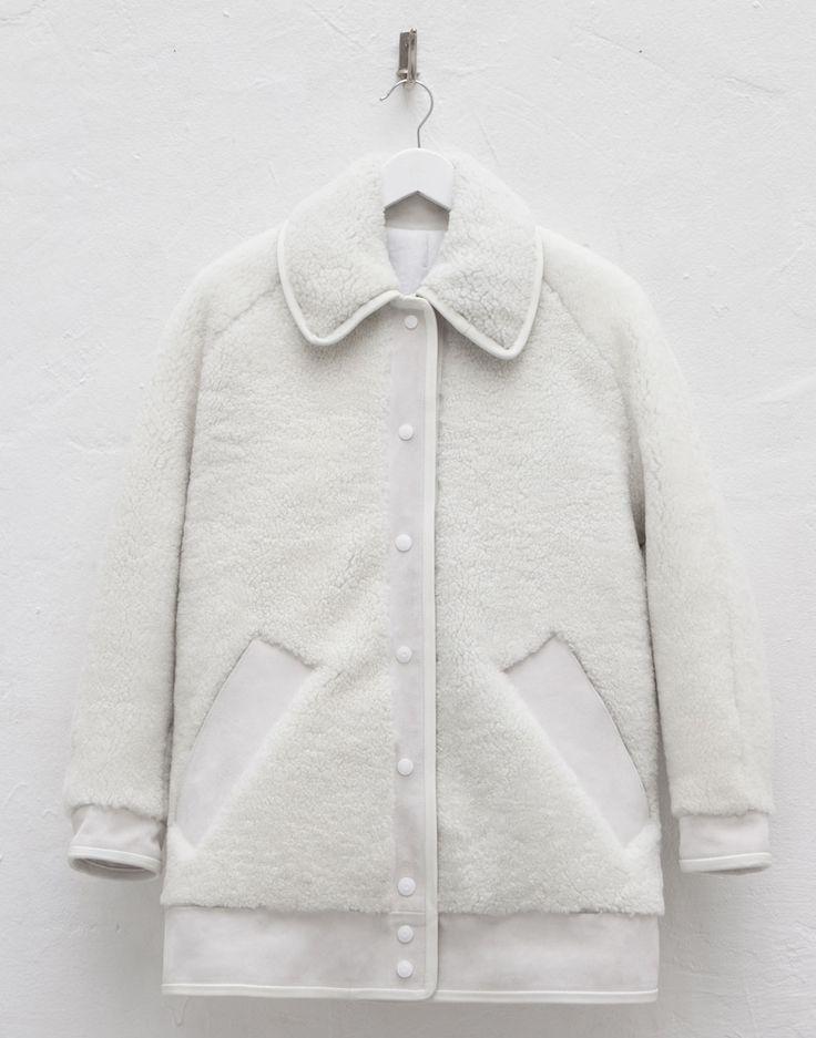 CW#008// white SHEARLING COAT | hoon