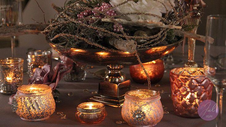 Weihnachtsdeko mit Teelichtern und Metallschale mit Floristik wwwjulstylede  Weihnachtsdeko
