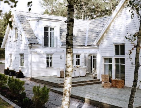 really do love white houses
