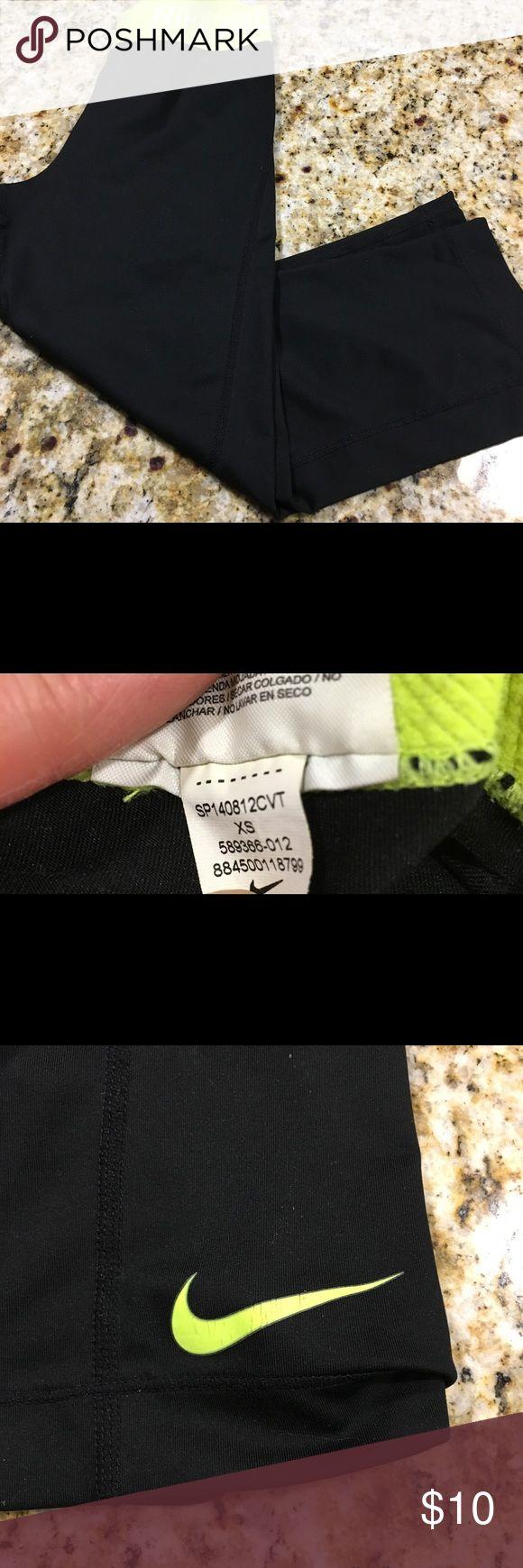 """Nike pro capris sz XS dri-fit gorgeous Nike pro capris Excellent condition  Sz XS  Length 24.5 Waist 20"""" Green and black - fab price  excellent condition. Bundle some items!!! Nike Pro Pants Capris"""