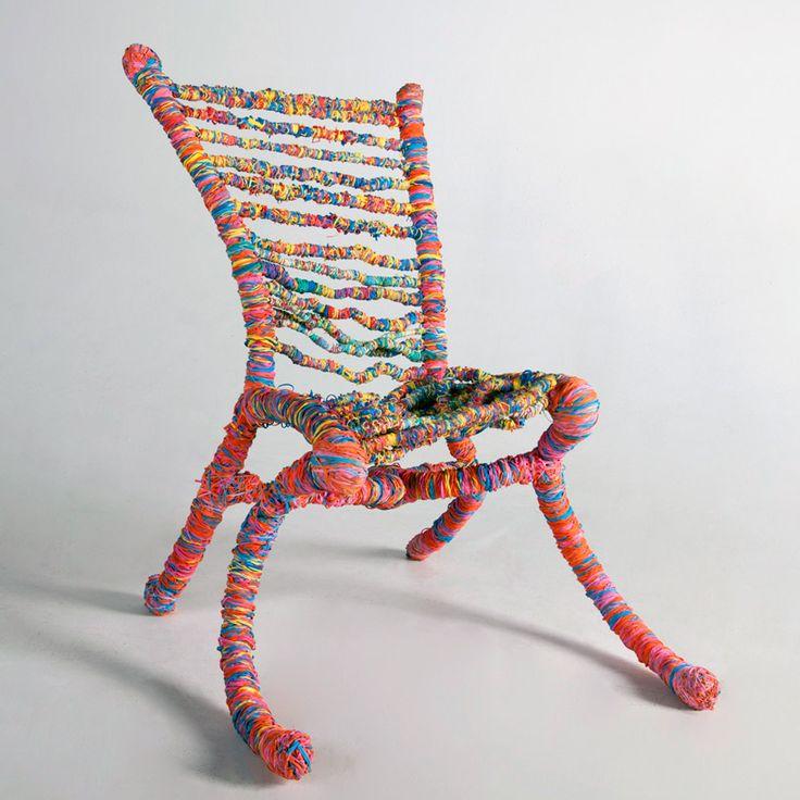 Une chaise élastique