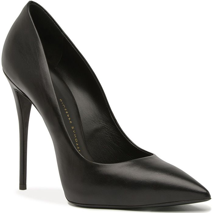Giuseppe Zanotti Classy Black Pointed Toe Pump Spring 2014 #Shoes #Heels