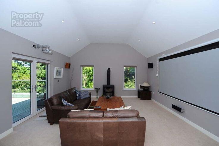 Property Moneyreagh MCEA Hillsborough Road
