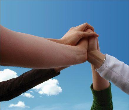 Le Team-building solidifie les liens de l'équipe - http://www.myseminaire.fr/le-team-building-solidifie-les-liens-de-lequipe