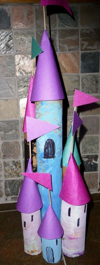 Paper tube castle building. Approved by Andrea Beaty, author of Iggy Peck Architect. #STEAM