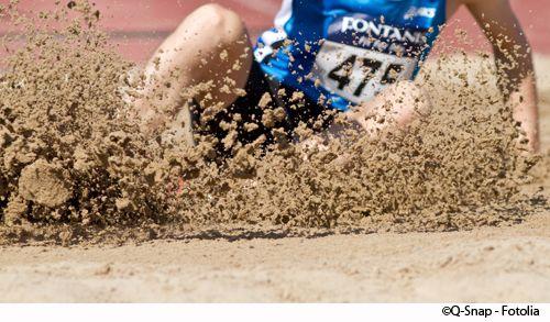 La fotografía deportiva demanda mucho rigor, experiencia, capacidad de reacción rápida y anticipación para captar el movimiento, la técnica deportiva, el instante preciso y la situación en la que se desarrolla. Asimismo, los profesionales de esta...